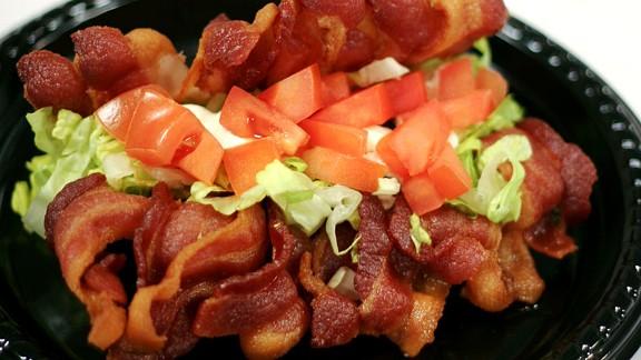 play_bacon_taco2_576