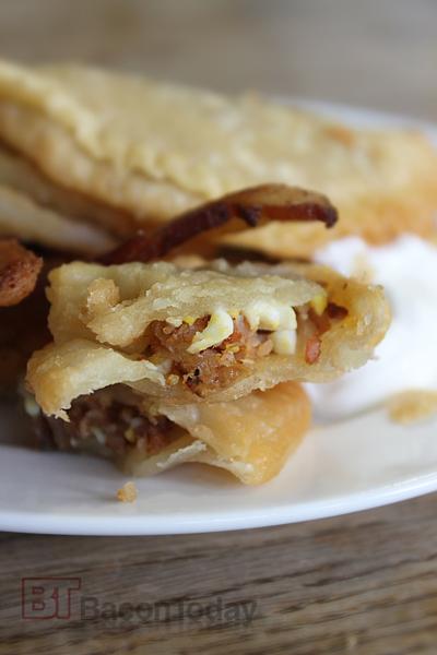 bacon-empanada-open