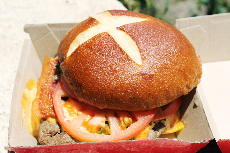 wendys-pretzel-bacon-cheeseburger
