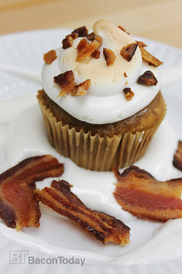 Spiced Pumpkin & Bacon Toasted Marshmallow Cupcakes - Bacon Today