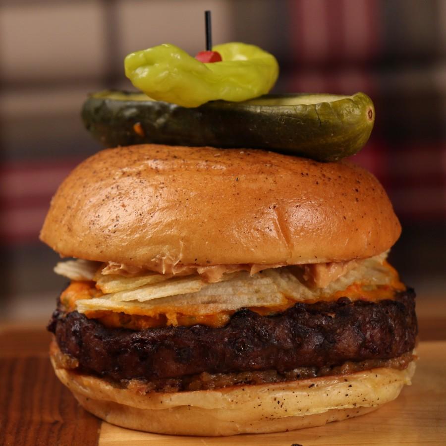 MGM Grand - Pub 1842 - Peanut  Butter Crunch Burger (square) - Credit Gary FX LaMorte